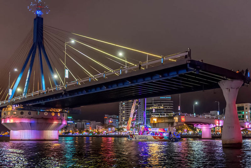 han river bridge da nang travel shopping guides