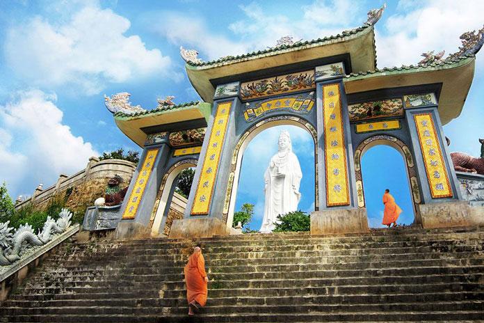 linh ung pagoda in da nang