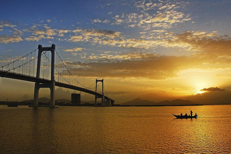 thuan phuoc bridge da nang travel shopping guides