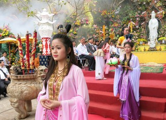 the-avalokitesvara-festival-da-nang-le-hoi-quan-the-am