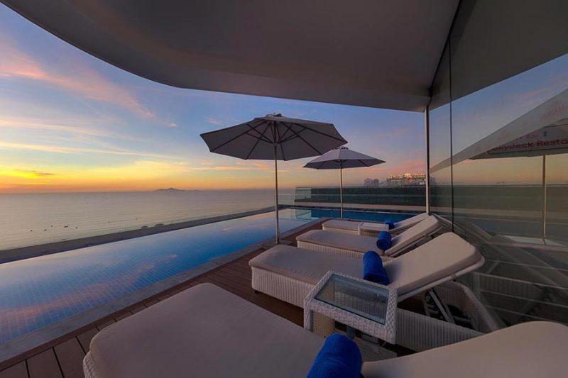 belle-maison-danang-beach-hotel-khach-san-bien-da-nang-1