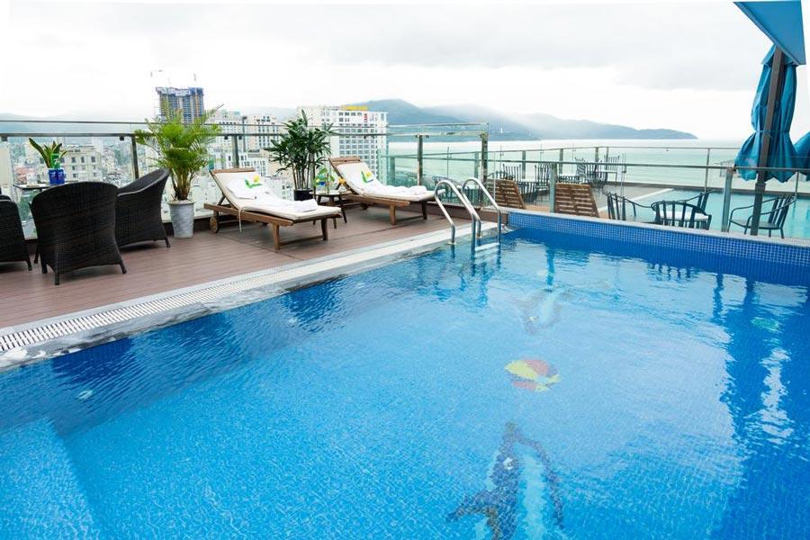 dana-marina--danang-beach-hotel-khach-san-bien-da-nang-1