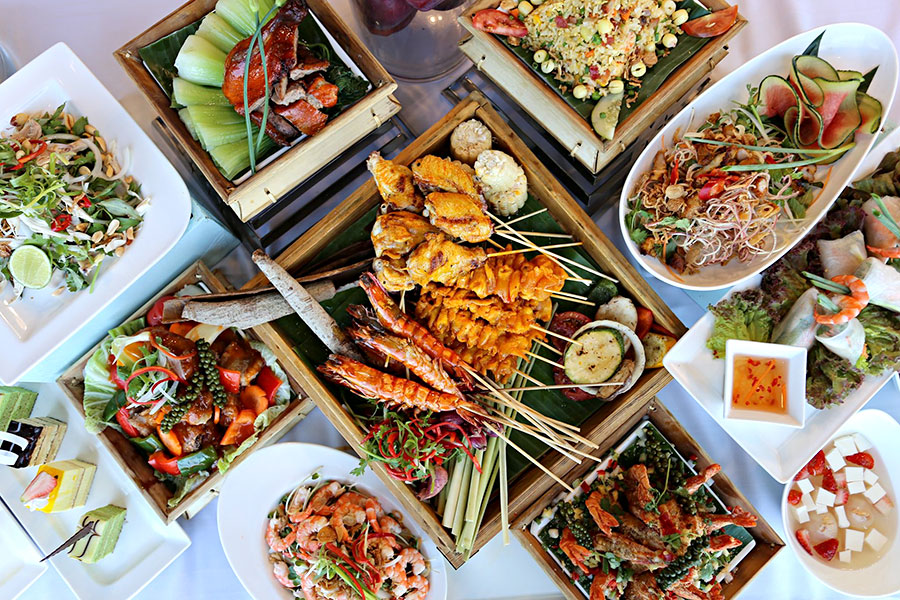 khuyen-mai-da-nang-buffet-hai-san-nuong-khach-san-a-la-carte